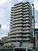 ロイヤルハイツ今福鶴見駅の外観