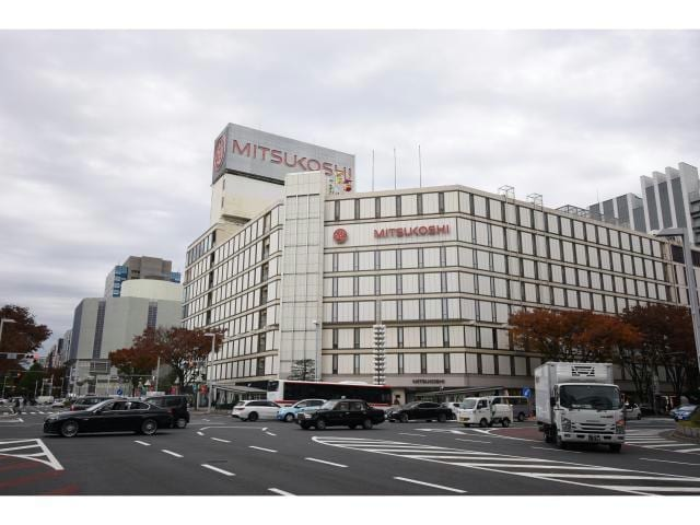 名古屋三越栄店(デパート)まで1545m