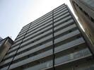 大阪メトロ四つ橋線/西梅田駅 徒歩4分 4階 築6年の外観
