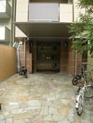 大阪メトロ御堂筋線/なんば駅 徒歩10分 5階 築15年の外観