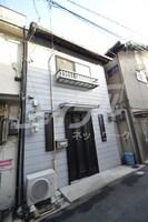 大阪メトロ御堂筋線/動物園前駅 徒歩8分 築70年の外観