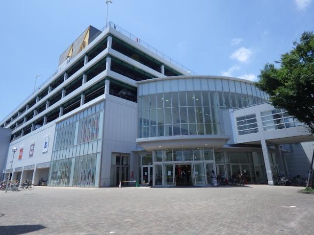 セントラルスクエア静岡(ショッピングセンター/アウトレットモール)まで582m