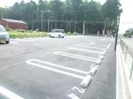 広々とした駐車場です