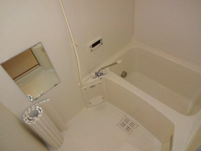 セパレートタイプのバスルーム