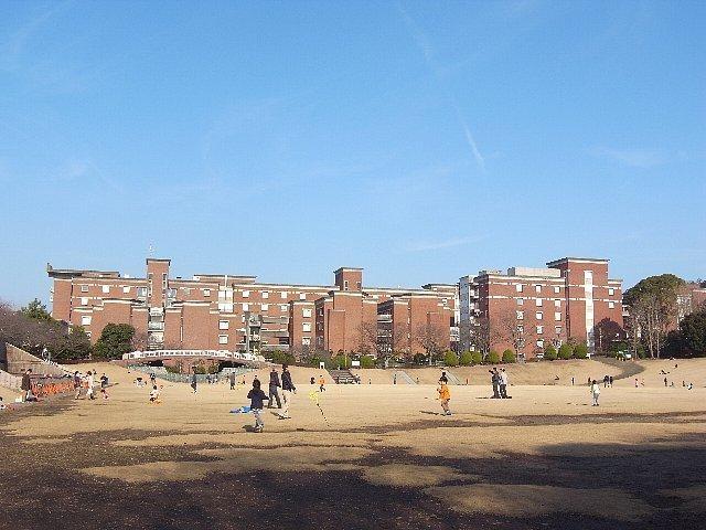 静岡県立大学(大学/短大/専門学校)まで1708m