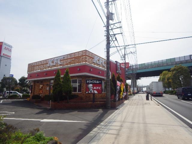 ケンタッキーフライドチキン草薙店(ファストフード)まで1158m