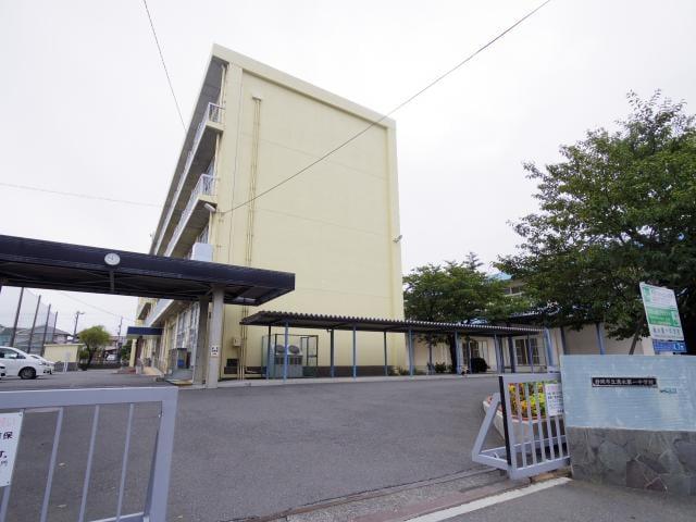 静岡市立清水第一中学校(中学校/中等教育学校)まで1061m