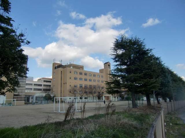 山陽学園大学(大学/短大/専門学校)まで449m