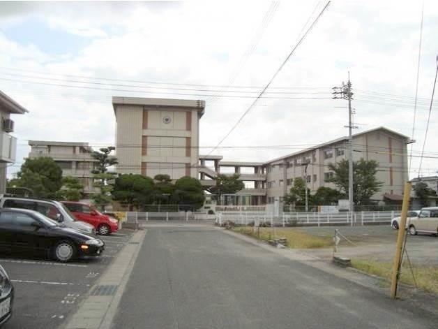 岡山市立平井小学校(小学校)まで967m