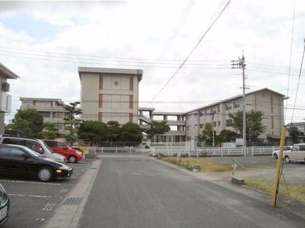 岡山市立平井小学校(小学校)まで366m