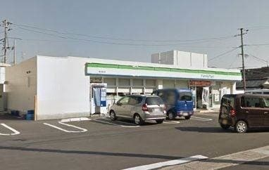ファミリーマート山陽インター店(コンビニ)まで678m