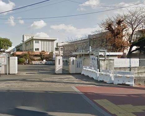 岡山市立清輝小学校(小学校)まで747m
