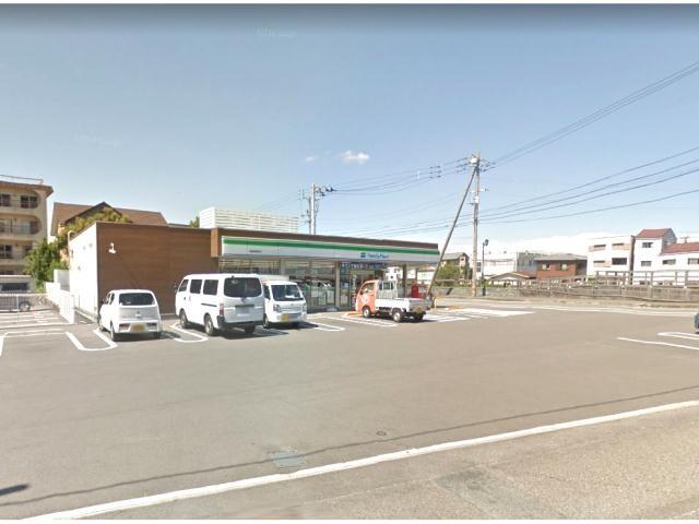 ファミリーマート徳島新蔵町店(コンビニ)まで399m