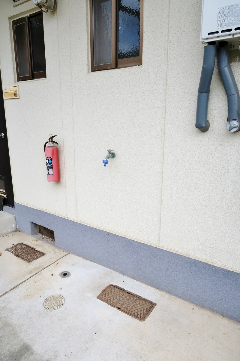 室外洗濯機置場