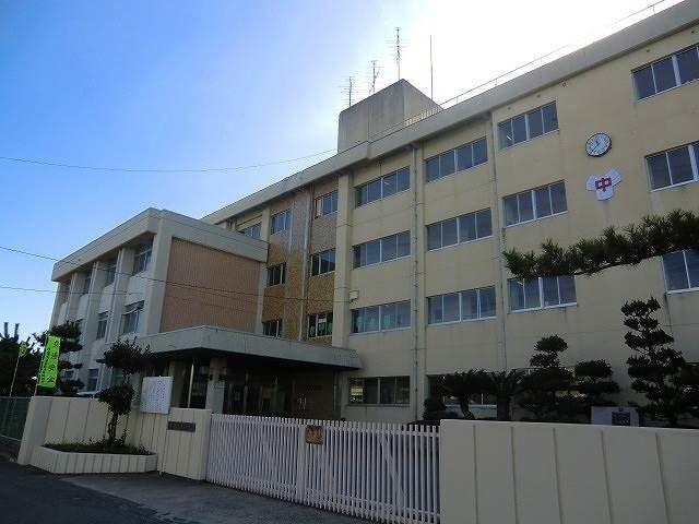 岡山市立桑田中学校(中学校/中等教育学校)まで808m
