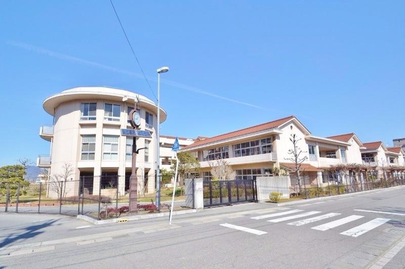 東広島市立三ツ城小学校(小学校)まで1306m