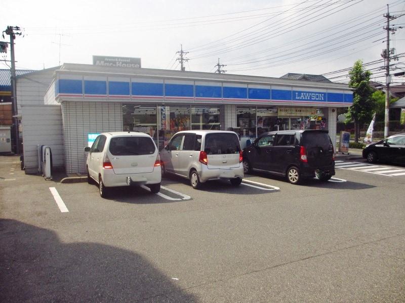 ローソン 東広島西条中央店(コンビニ)まで274m