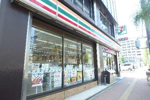 セブンイレブン 新潟本町通店(コンビニ)まで395m
