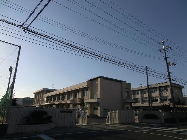 ユニクロ岡山中仙道店(ショッピングセンター/アウトレットモール)まで625m