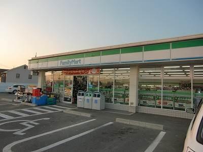 ファミリーマート岡山新屋敷店(コンビニ)まで481m