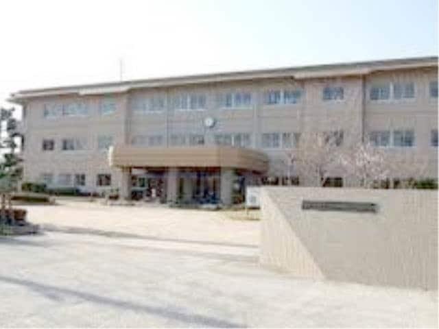 総社市立常盤小学校(小学校)まで929m