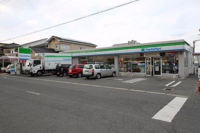 ファミリーマート岡山西川原一丁目店(コンビニ)まで402m