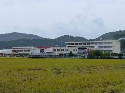 岡山市立古都小学校(小学校)まで1077m