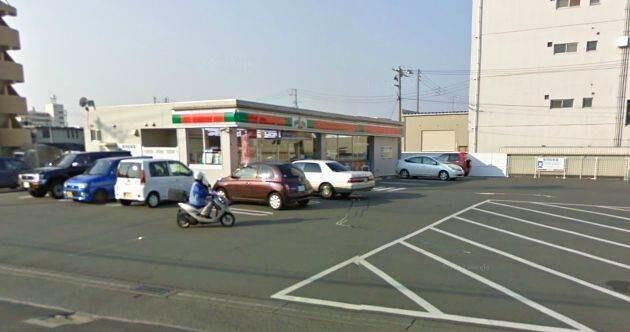 サンクス岡山奥田店(コンビニ)まで329m