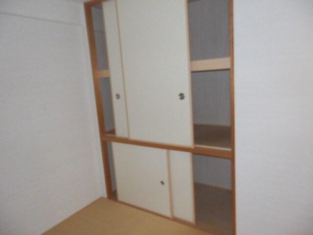 和室の収納はこんな感じです。