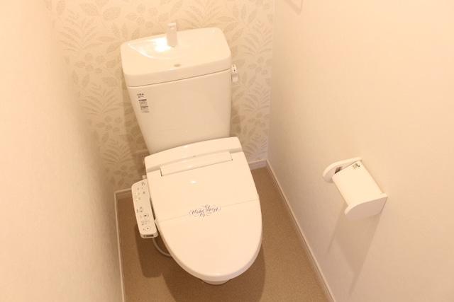 ウォシュレットタイプのトイレ