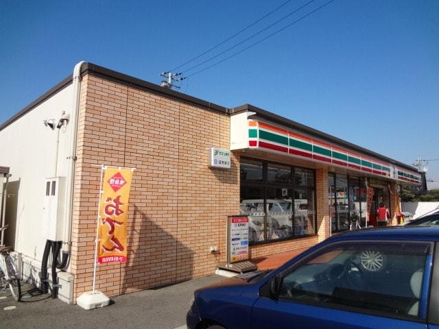 セブンイレブン愛知川中宿店(コンビニ)まで761m※セブンイレブン愛知川中宿店