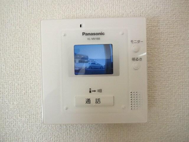 安心のTVモニターホン付きです。