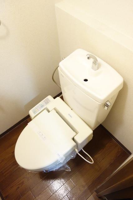 快適な温水洗浄便座機能付き