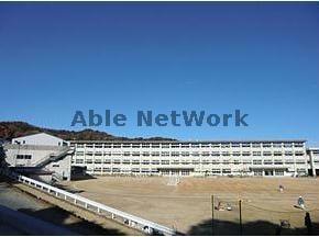 豊川市立西部中学校(中学校/中等教育学校)まで1663m