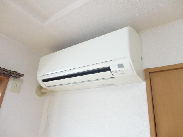 うれしい冷暖エアコン付き