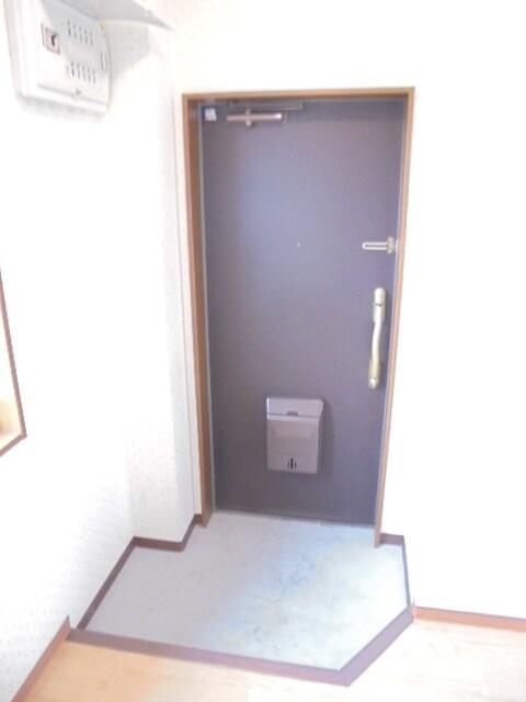 明るい玄関ですね