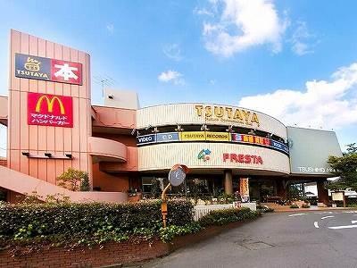 ツシマモール(ショッピングセンター/アウトレットモール)まで242m