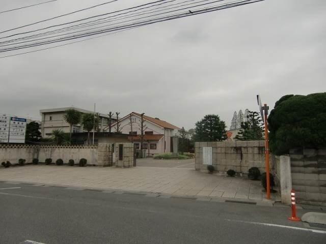 岡山県立岡山操山高校(高等学校/高等専門学校)まで806m
