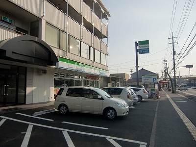 ファミリーマート富町店(コンビニ)まで499m