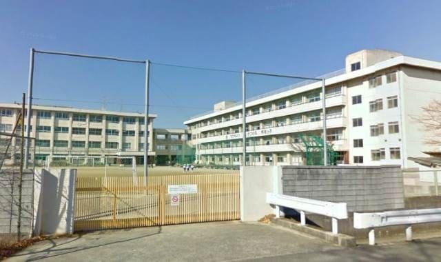 岡山市立芳明小学校(小学校)まで707m
