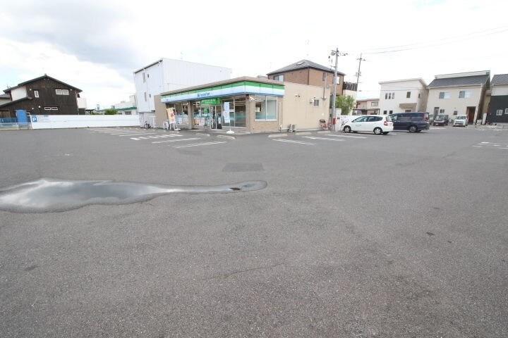 ファミリーマート岡山御南店(コンビニ)まで170m