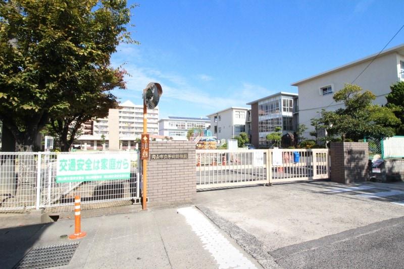 芳田幼稚園(幼稚園/保育園)まで447m