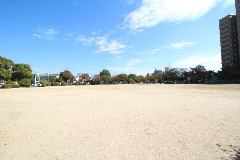 青江公園(公園)まで1244m