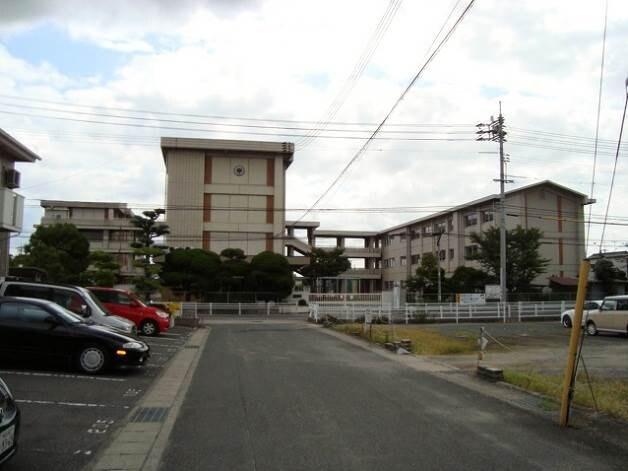 岡山市立平井小学校(小学校)まで803m