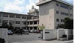 岡山市立富山小学校(小学校)まで1303m