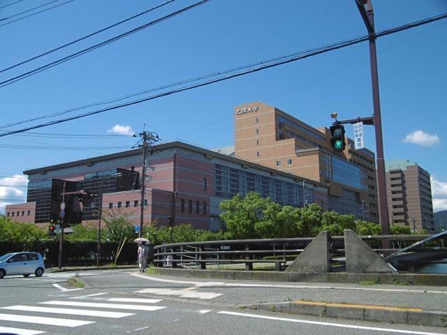 私立徳島文理大学(大学/短大/専門学校)まで649m