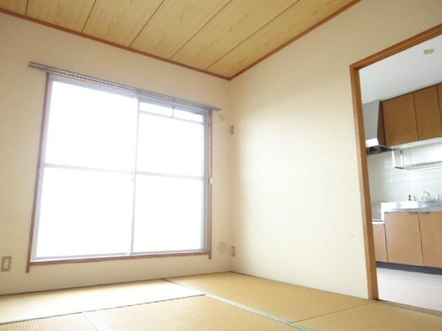 やっぱり和室は落ち着きますね。