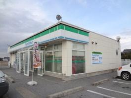 ファミリーマート彦根金田町店