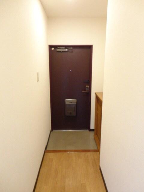 シューズボックス付き玄関です。