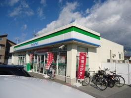 ファミリーマート彦根川瀬馬場町店